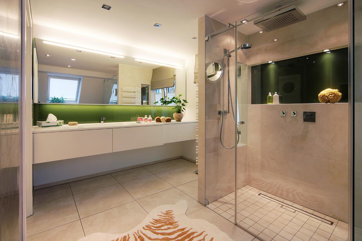 Boddenberg, Aqua Cultura Referenz, Dachbad, Waschplatz und Dusche
