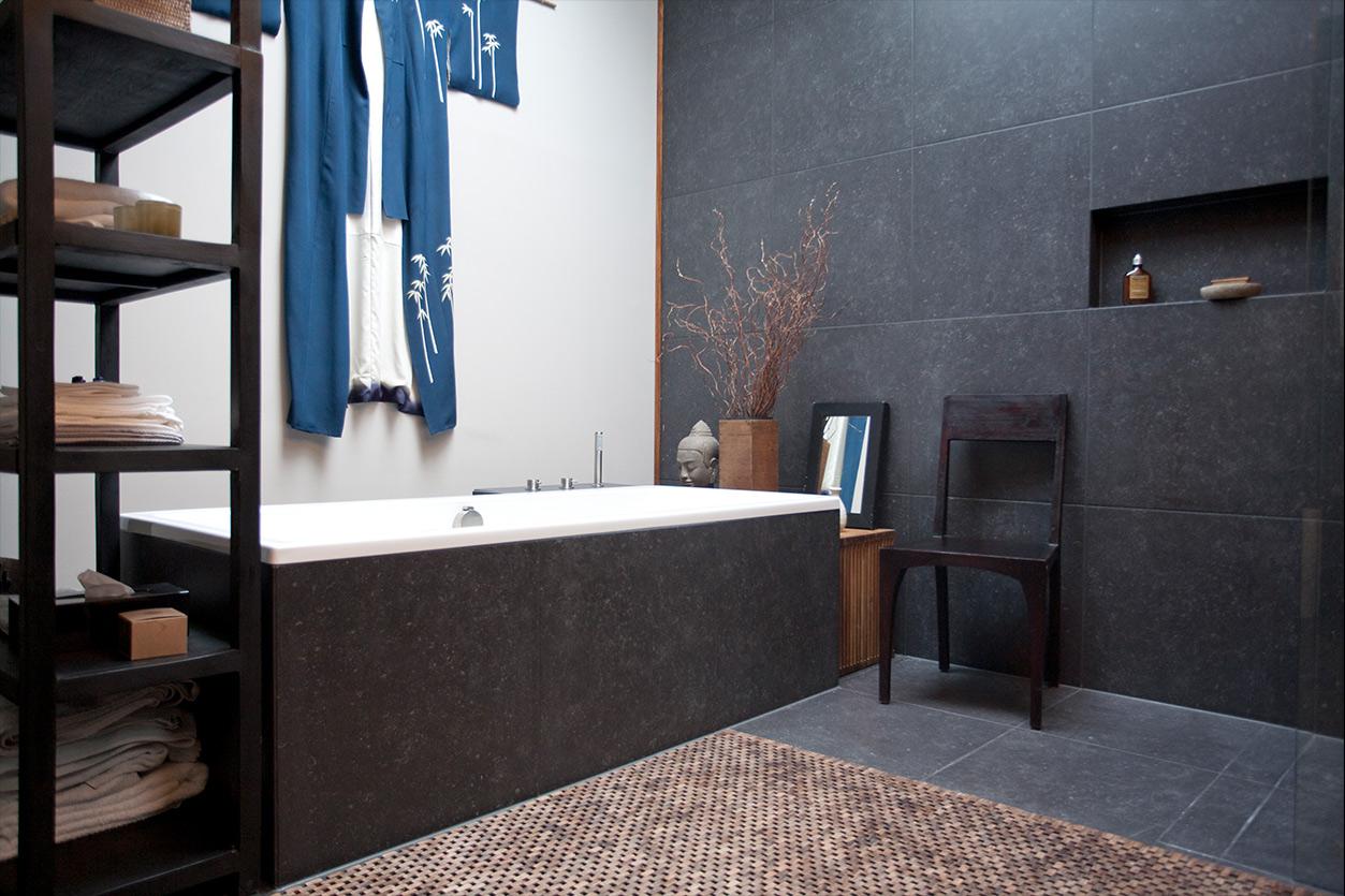 aqua-cultura-dachbad-goldmann-asiatisch-badewanne