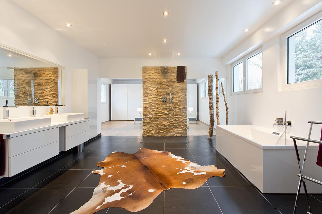 Musculus Bad, Aqua Cultura Referenz, großes Bad, wohnliches Bad, schlafen und baden Raumgestaltung